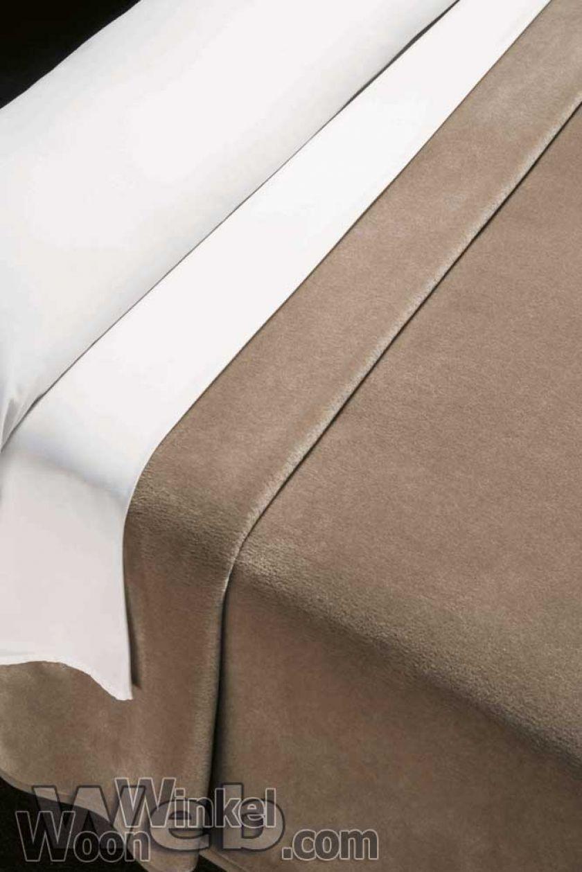 Acryl deken Millenium Super Soft - kleur 0 lever