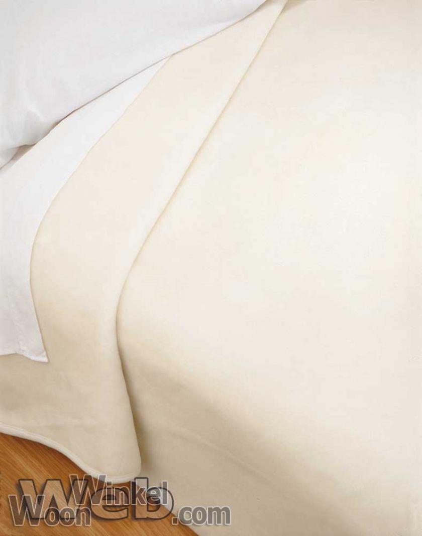 Acryl deken Millenium Super Soft - kleur 1 ivoor
