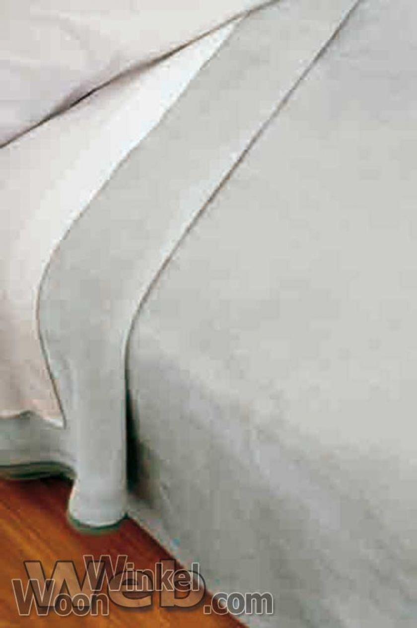 Acryl deken Millenium Super Soft - kleur 12 zilvergrijs